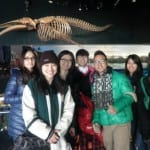 YI-Students-at-aquarium1